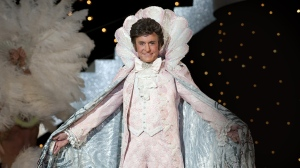 behind-the-candelabraagain