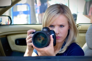 Veronica Mars with a camera